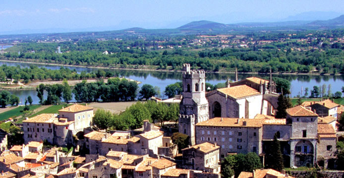 France 's Waterways and Vineyards Travel Vacation Package